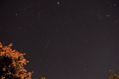 October 21st, 2012 A meteor from the Orionid meteor shower